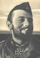 Claus Korth