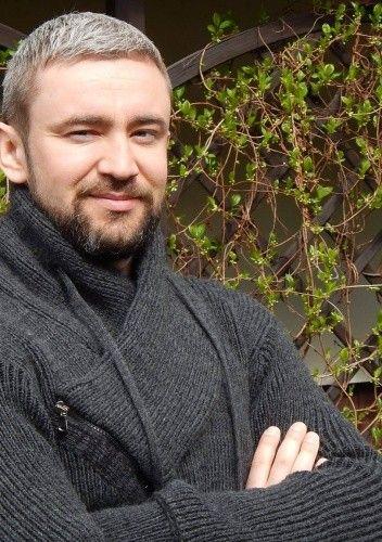 Znalezione obrazy dla zapytania przemysław piotrowski