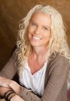 Marci Lyn Curtis