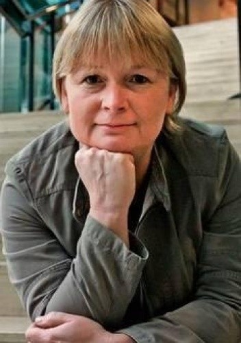 Barbara Gawryluk - życiorys, książki