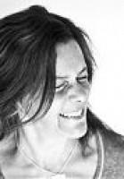 Claire Dederer