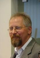 Maciej Miezian