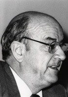 Julián Gállego