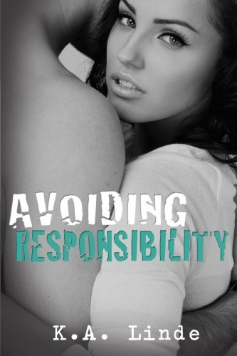 Okładka książki Avoiding Responsibility