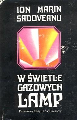 Okładka książki W świetle gazowych lamp