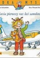 Zuzia pierwszy raz leci samolotem