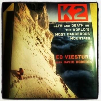 Okładka książki K2 Life and Death on The World's Most Dangerous Mountain