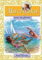 Martynka uczy się pływać