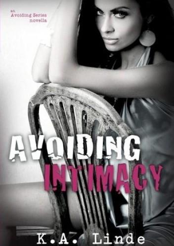 Okładka książki Avoiding Intimacy