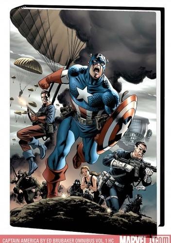 Okładka książki Captain America by Ed Brubaker Omnibus, Vol. 1