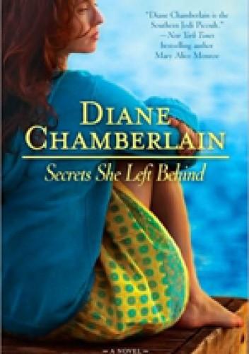 Okładka książki Secrets She Left Behind