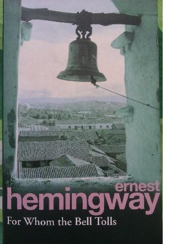 Okładka książki For Whom the Bell Tolls