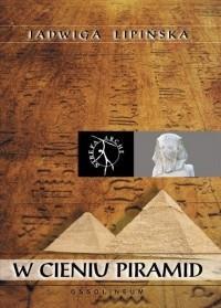 Okładka książki W cieniu piramid