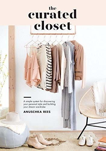 Okładka książki The Curated Closet
