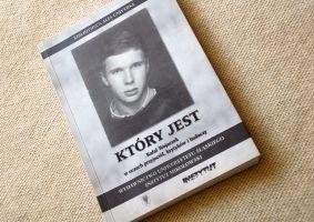 Okładka książki Który jest. Rafał Wojaczek w oczach przyjaciół, krytyków i badaczy