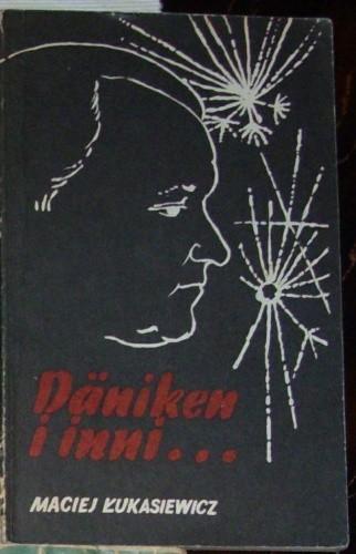 Okładka książki Däniken i inni...