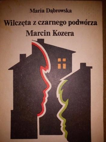 Okładka książki Wilczęta z czarnego podwórza. Marcin Kozera