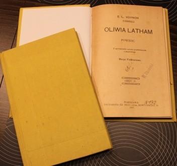 Okładka książki Oliwia Latham