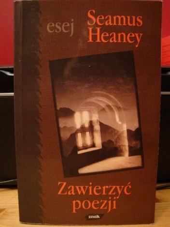 Okładka książki Zawierzyć poezji