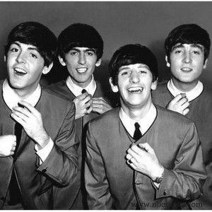 Powieści i książki o Beatlesach