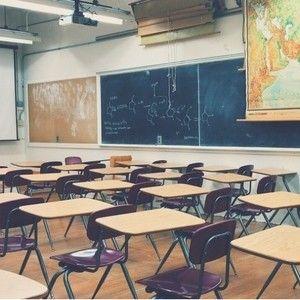 Romanse na szkolnych korytarzach
