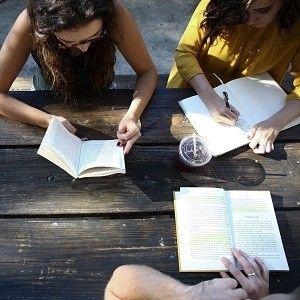 Czytelnicy, których możesz spotkać na studiach