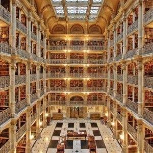 Zamiast do ołtarza... do biblioteki!