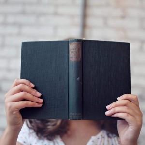 Sześć różnych książek w jednej