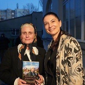 """Bestsellerowa trylogia """"Stulecie Winnych"""" w filmowej odsłonie"""