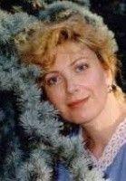 Elena Joly