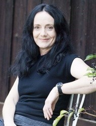 Katherine Scholes