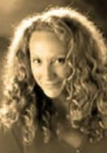 Titania Hardie