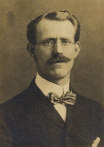 Franklin W. Dixon