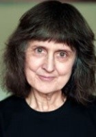 Zoë Fairbairns