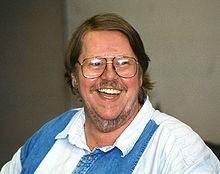 Gardner Raymond Dozois