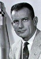 "Donald Kent ""Deke"" Slayton"