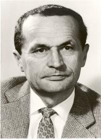 Ernst Georg Schnabel