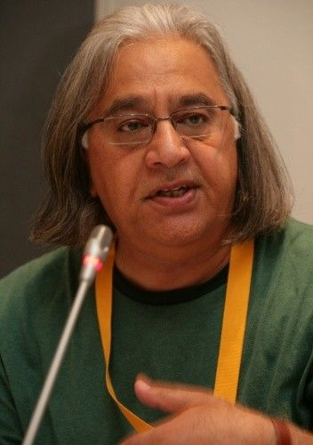 Huszang Asadi