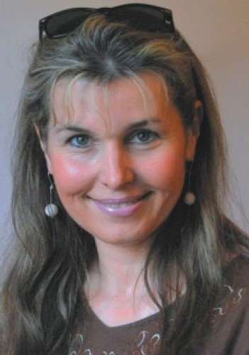 Iza Niewiadomska-Labiak