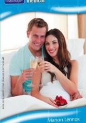 Okładka książki Hotel nad laguną Marion Lennox