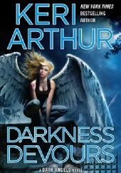 Okładka książki Darkness Devours Keri Arthur
