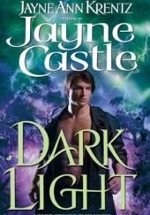 Okładka książki Dark Light Jayne Castle