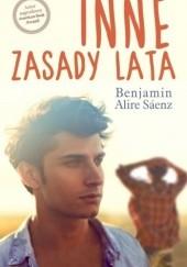 Okładka książki Inne zasady lata Benjamin Alire Sáenz