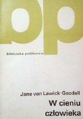 Okładka książki W cieniu człowieka Jane Goodall