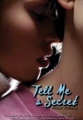 Okładka książki Tell Me a Secret Holly Cupala