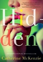 Okładka książki Hidden Catherine McKenzie
