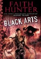 Okładka książki BLACK ARTS Faith Hunter