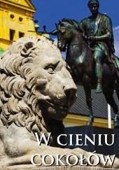Okładka książki W cieniu cokołów Aleksander Janowski