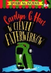 Okładka książki W cieniu fajerwerków Carolyn G. Hart