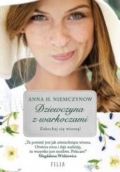 Okładka książki Dziewczyna z warkoczami Anna H. Niemczynow
